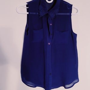 Sleeveless dark blue blouse size small